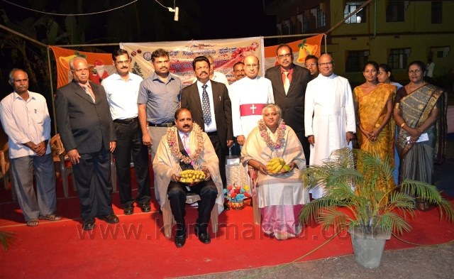 Udupi: 'Ektharachem Nathal' brings forth spirit of Christmas, unity