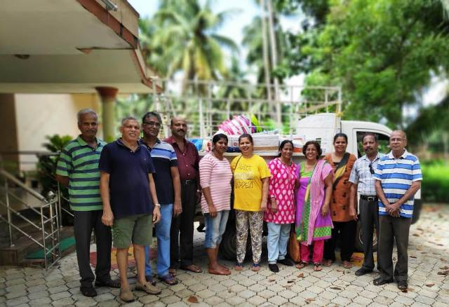 "In solidarity with Flood Victims, Kemmannu Parishioners with ""Raising Smiles"" donate items and cash worth 1.86 lakhs."