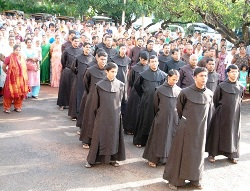 Independence Day celebrated at Infant Jesus Shrine, Mangalore