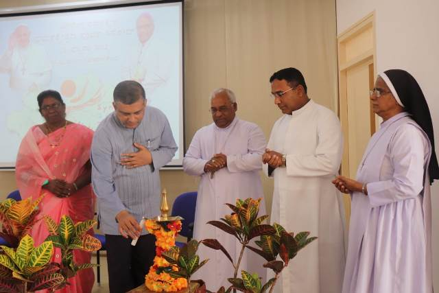 """Mahabharat"" Written and Directed by Puneet Issar premieres in Mumbai"