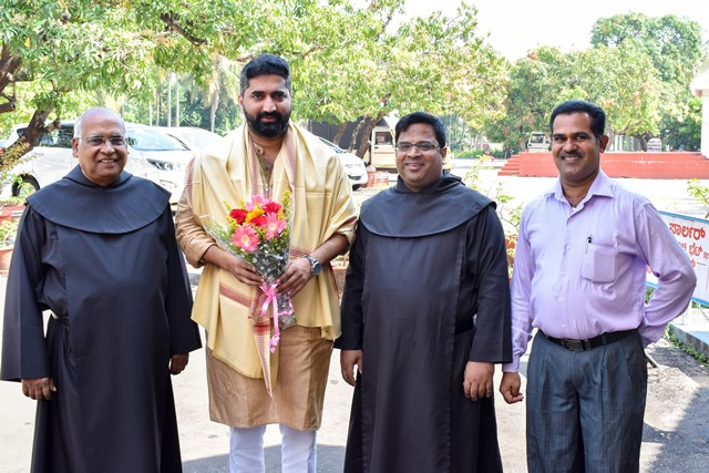 Mr. Joylus D'souza, Chairman of State's Christian Development Board, visited Mangalore's famous Infant Jesus Shrine