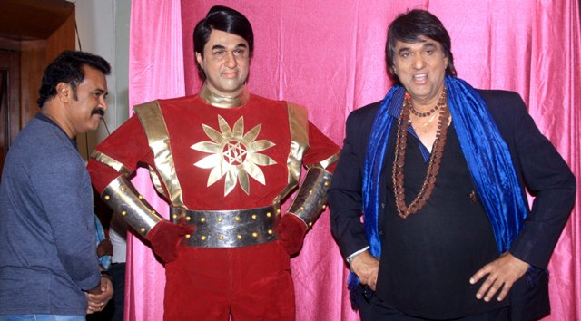 Mukesh Khanna launched his website,unveiled Shaktimaan Wax statue