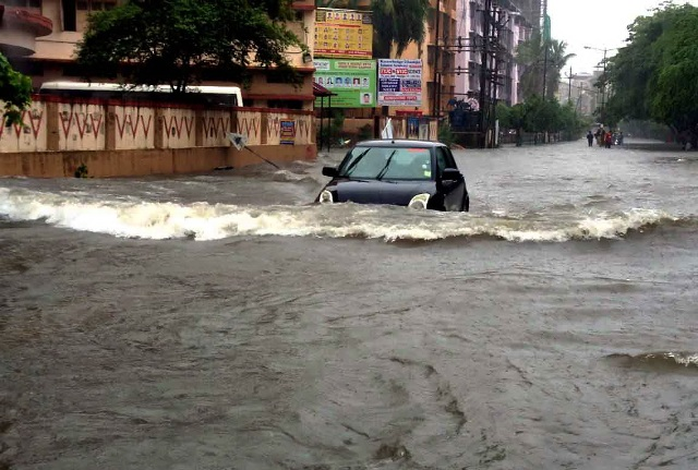 Non-Stop Rain In Mumbai, Trains Hit, Navy Brought In: 10 Points