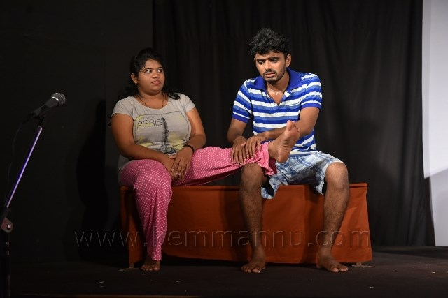 KALAKUL  ENTHRALLS  AUDIENCE  WITH  'YOURS  OBEDIENTLY'