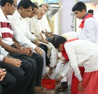 Maundy Thursday observed with devotion