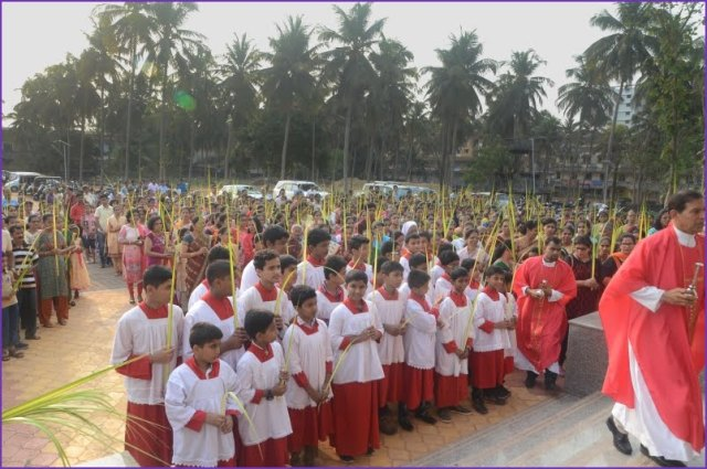 Palm Sunday observed at Mount Rosary Church, Kallianpur.