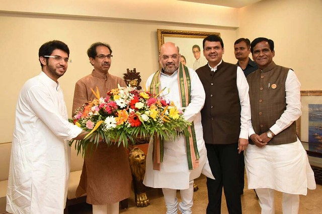 Amit Shah meets Uddhav Thackeray