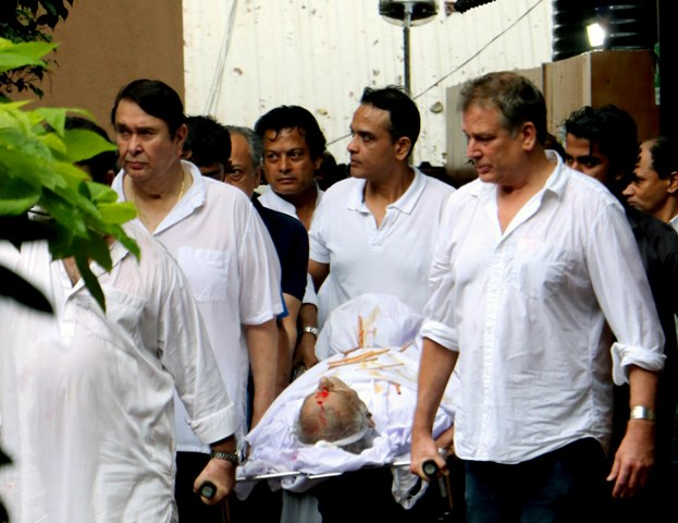 Shashi Kapoor's State Funeral: Amitabh Bachchan, Shah Rukh Khan Attend