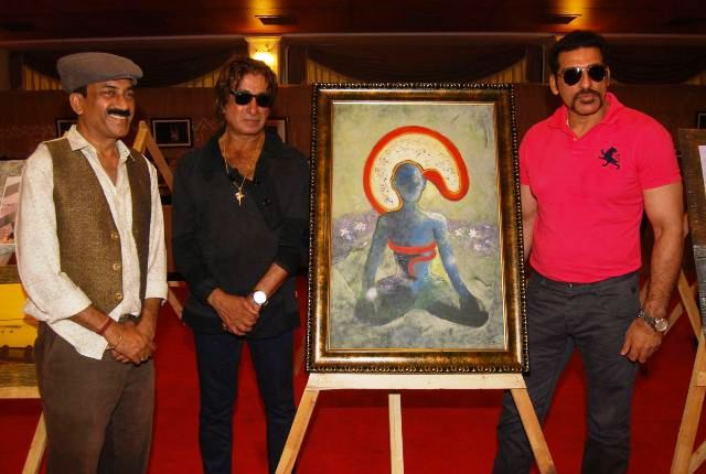 Shakti Kapoor & Mukesh Rishi launch  painting exhibition 'Dialogue with Silence'