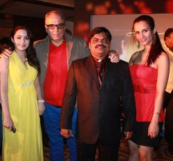 Bollywood Stars present at Marathi music launch