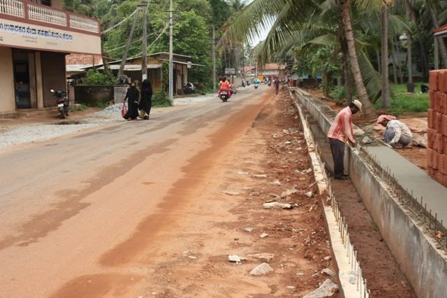 Kemmannu Road Work: Acquisition part completed except one Merchant.