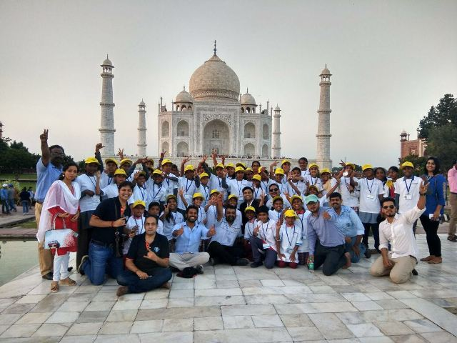 BookASmile with Round Table India to visit Taj Mahal