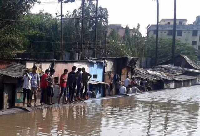 Rupture in BMC water mains floods areas in Thane