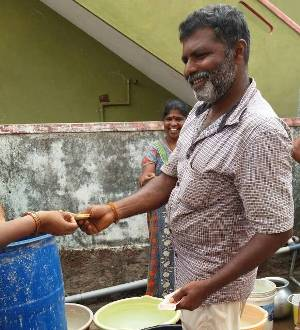 Husband of Udupi CMC councilor illegally selling tanker water to Kodandoor ward residents