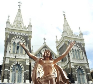 Bandra Fair 2012 : Feast of Blessed Virgin Mary from 9 September 2012