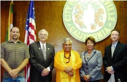 Hindu mantras opened Porterville City Council in California 1st time since 1902