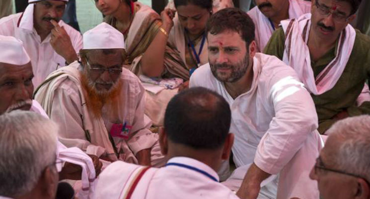 'Acche din' only for Modi, his businessmen friends: Rahul