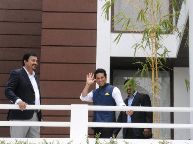 Tendulkar takes boat journey; inspects villa