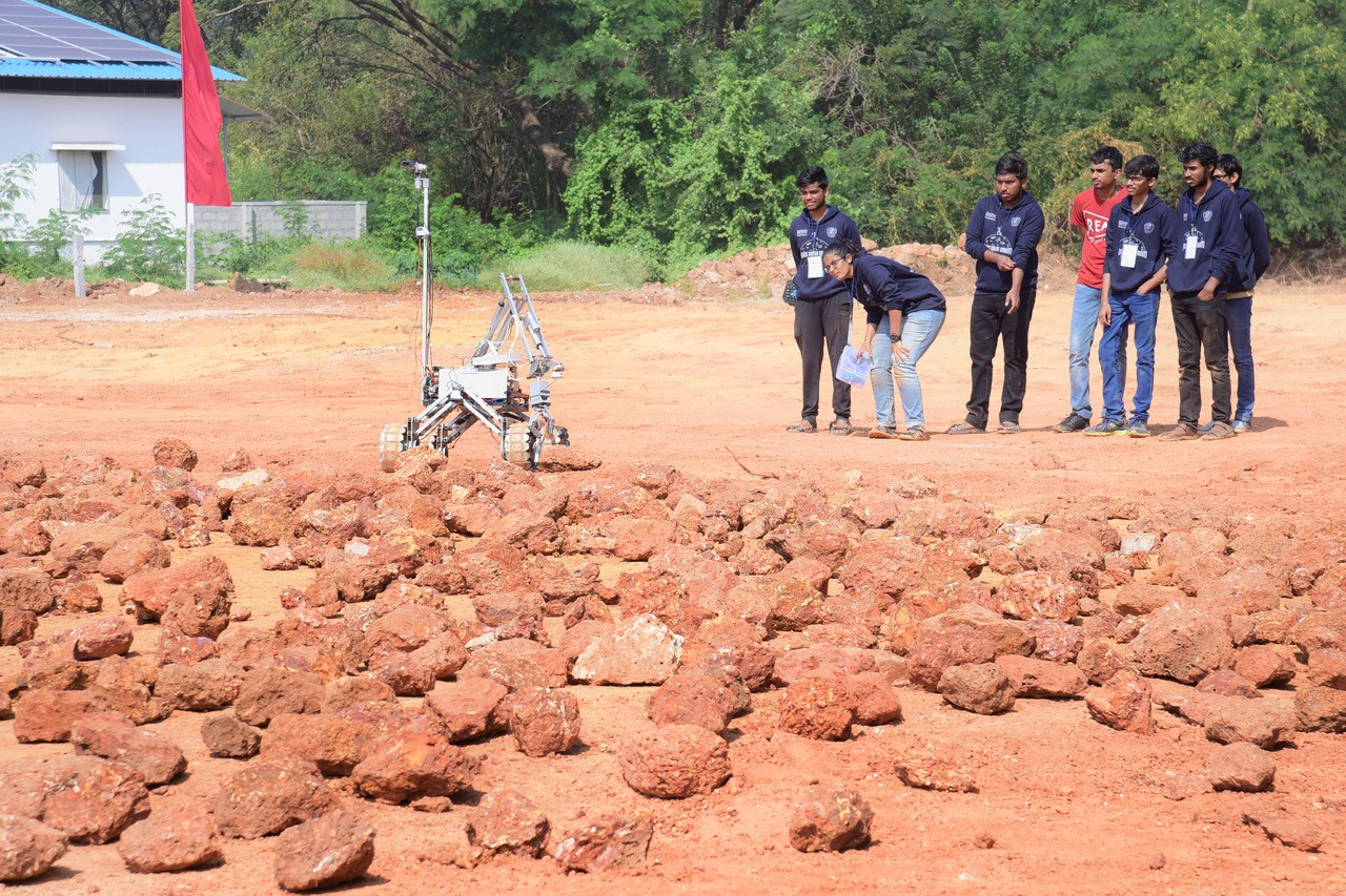 Indian Rover Challenge off to great start
