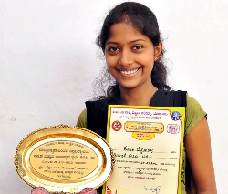 Akshataha Shetty of Milagres bags first in Inter - University Competition.