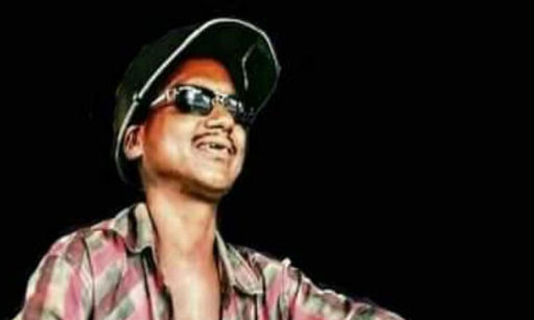 Street singer's death; Fans accuse doctors of negligence