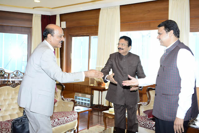 Governor, CM discuss the idea of creating a Start up Hub in Maharashtra