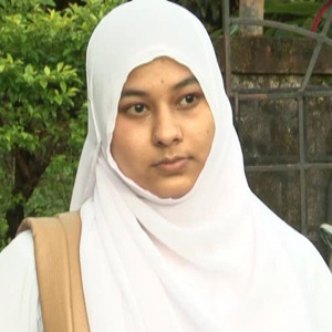 She missed out on attendance fighting headscarf ban, but gets exam ticket