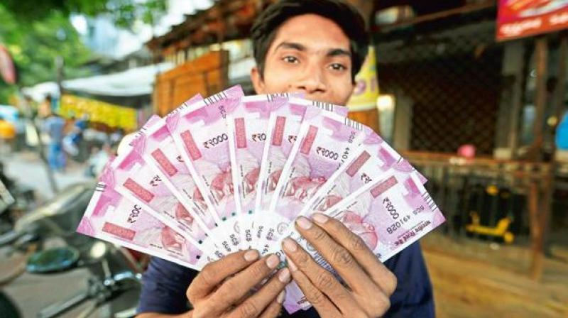 Why do Rs 500, Rs 2,000 notes bear Swachh Bharat logo? RBI refuses to answer.