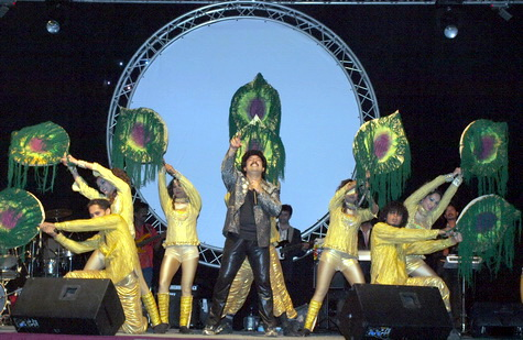 Mesmerising Gurukiran Musical Show A Super Hit In Dubai