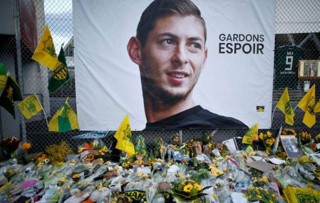 Body Found Underwater in Wreckage of Footballer Sala's Plane
