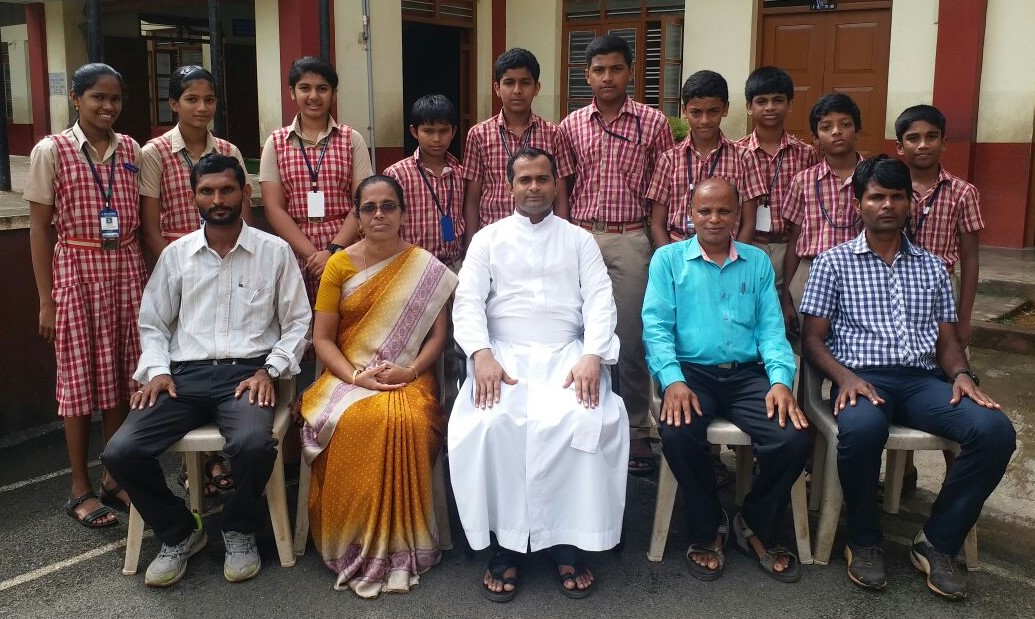 Ten students of Milagres English Schools selected for State level Indoor games