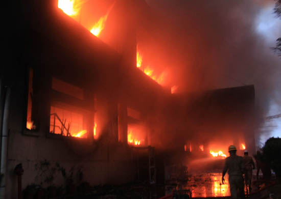 Bangalore: Massive Fire Breaks Out at Footwear Factory