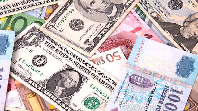 Revenue dept sleuths seize foreign currencies worth Rs 81.67 lakh from Dubai bound passenger