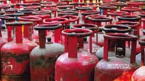 Amid the continuing oil price hike, the cooking gas cylinder subsidy cut