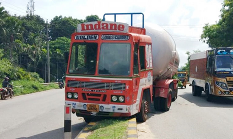 LPG tanker jumps road divider after hitting KSRTC bus