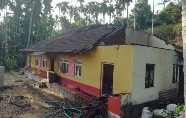 House gutted in a fire mishap; heavy loss