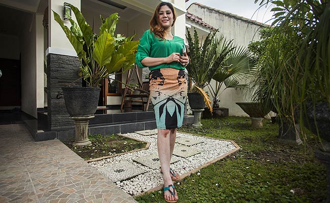 House for sale in Indonesia with free wife