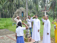 Independence Day at Kemmannu : Church, School, Panchayath, Saliath and Bus Stand - 2