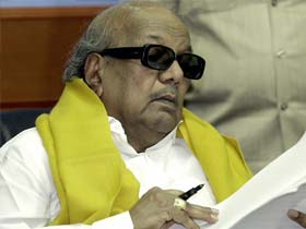 DMK pulls out of UPA govt over Sri Lanka Tamils issue