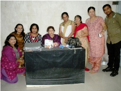 Chembur Ghatkoparites had a chance to dance to tune of Choreagrapher Saroj khan