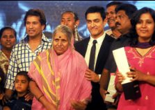24 Real Heroes of India honored by IBN and Reliance Industries Limited