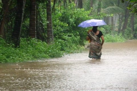 Rains cause  heavy flood in uppoor and sourroundings