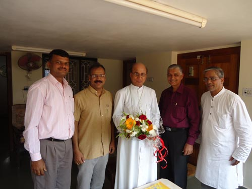 Leaders of Konkani Prachar Sanchalan Meet Udupi Bishop Dr Gerald Lobo to Seek blessing and support
