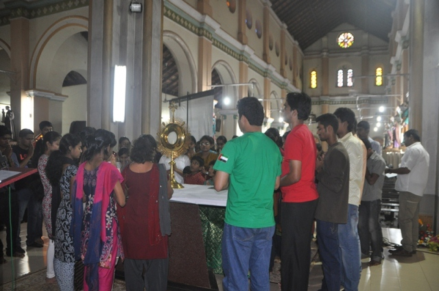 YU4C (Youth United For Christ)Carmelite organized LAUDATE Belman Church