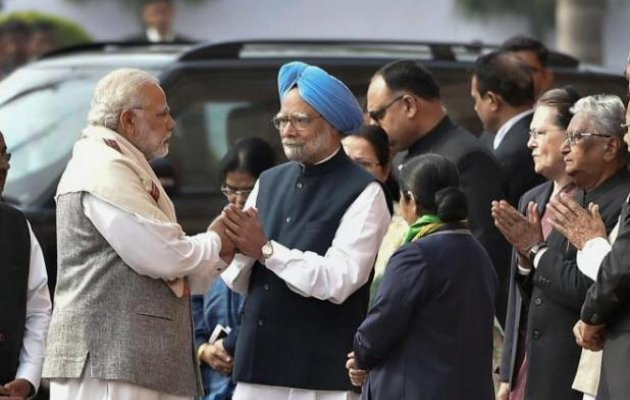 Modi, Manmohan Singh pay tribute to Parliament attack martyrs