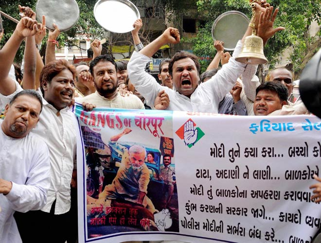 Veteran RSS pracharak from Gujarat leads protest against Modi govt