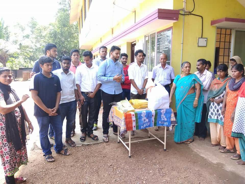 NSUI members celebrates Diwali with Orphans at Vishwasada Mane, Shankerpura