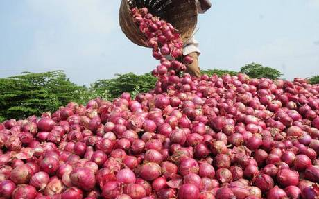 Onions @ Rs. 35 a kg: Govt may step in to control prices