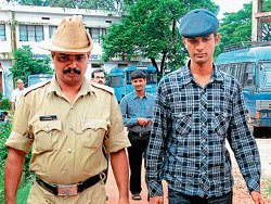 Mangalore: Fraudster held, Rs 65 lakh seized