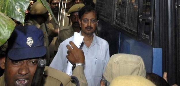 Satyam Founder Ramalinga Raju Sentenced to 7 Years in India's Biggest Corporate Scandal